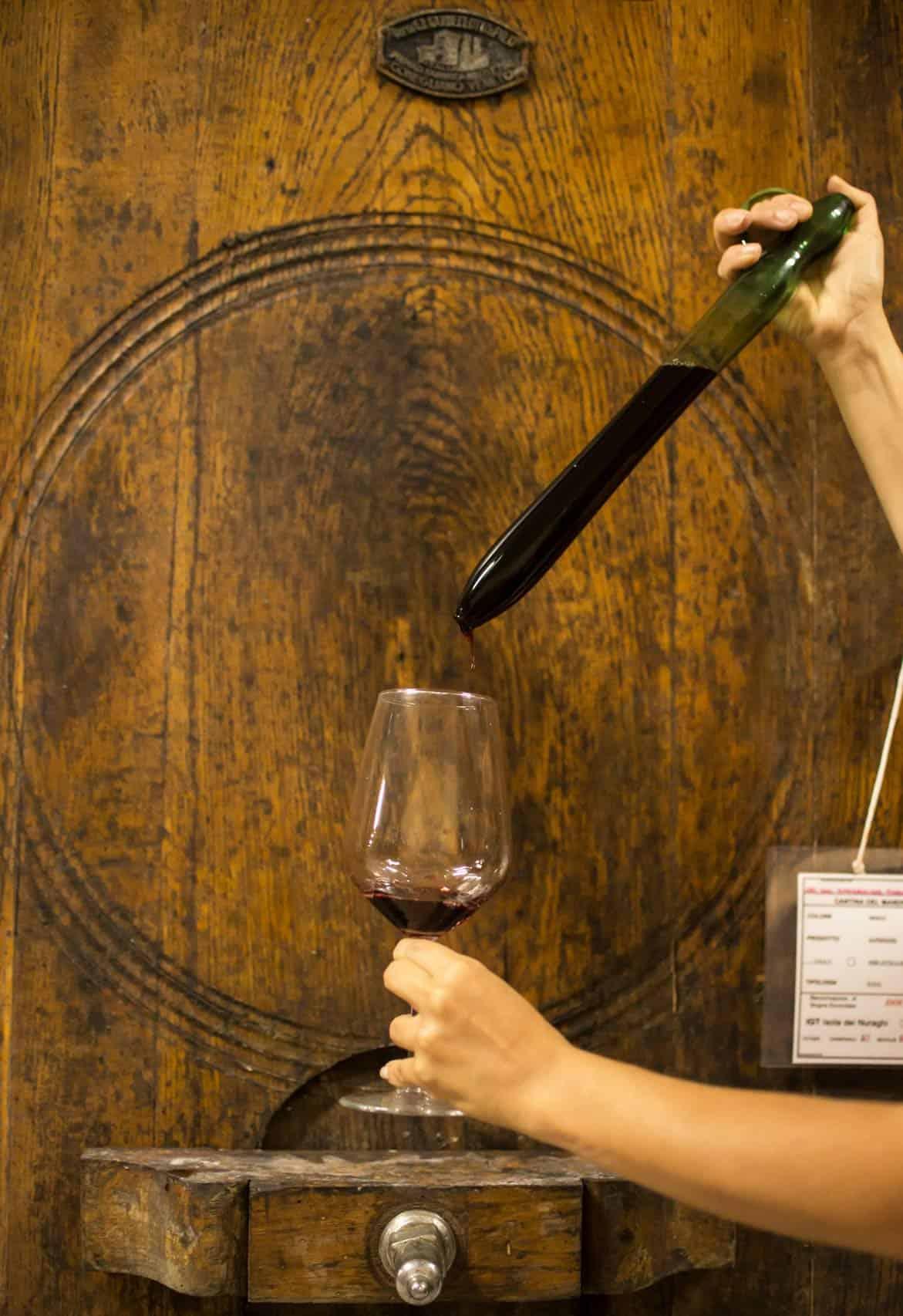 Degustazione vino di Sardegna - Cantina del Mandrolisai